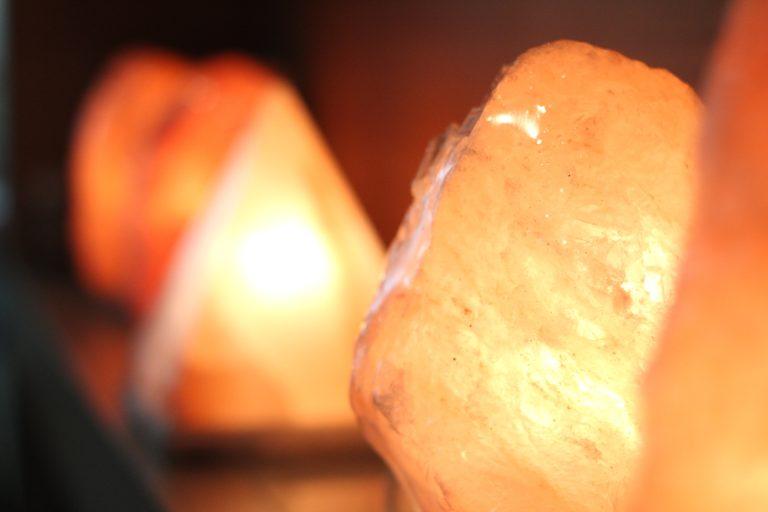 โคมไฟหินเกลือไฮโซ AKA โคมไฟเกลือบริสุทธิ์ AKA forever young